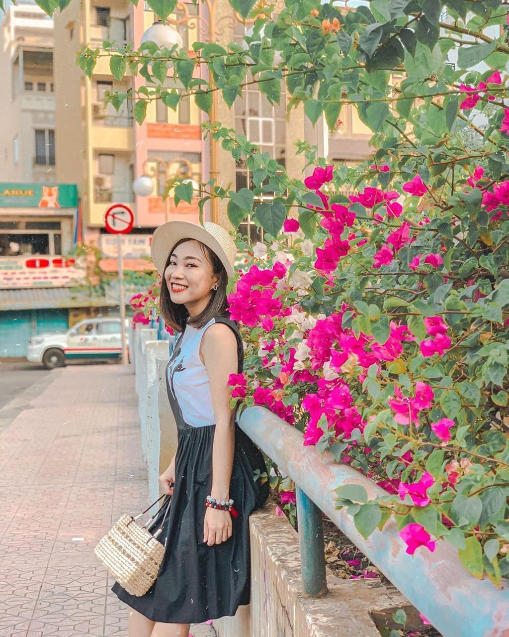 Hoa giấy khoe sắc trên góc phố Sài thành Ảnh 6