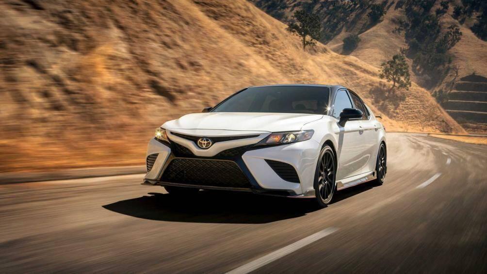 Toyota Camry LE 2020 tại Mỹ có giá bán 611 triệu được trang bị những gì? Ảnh 1