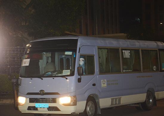 55 hành khách từ Italia về Đà Nẵng đều âm tính với SARS-COV-2 Ảnh 2