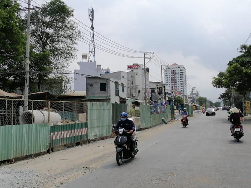 Từ ngày 2-5, cấm đỗ xe trên đường Trần Não, quận 2 Ảnh 2