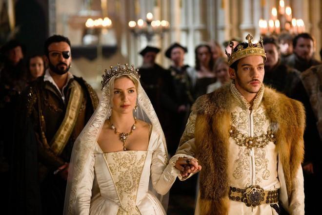Vua nào có 6 hoàng hậu, cưới chị dâu làm vợ? Ảnh 5