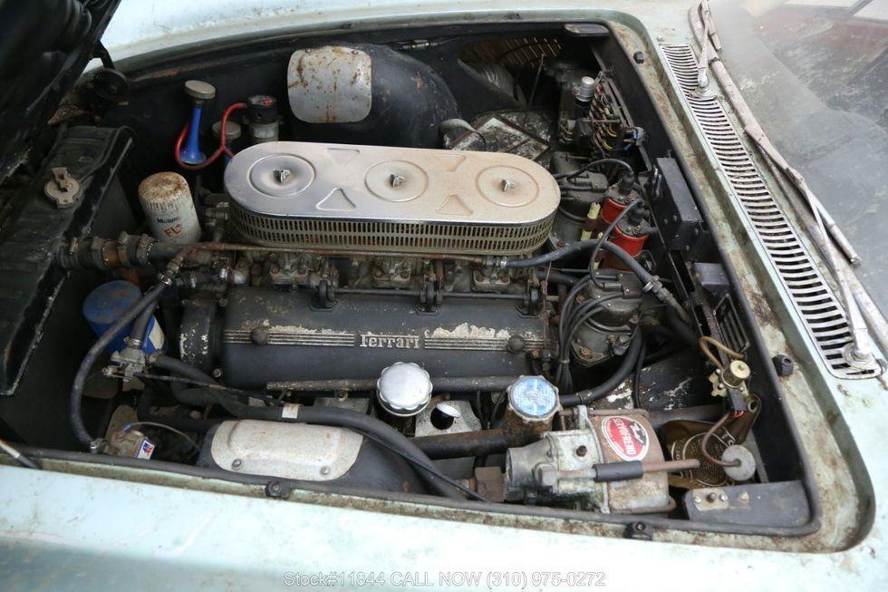 Xe cổ Ferrari bị bỏ xó 40 năm rao giá hơn 6 tỷ Ảnh 3
