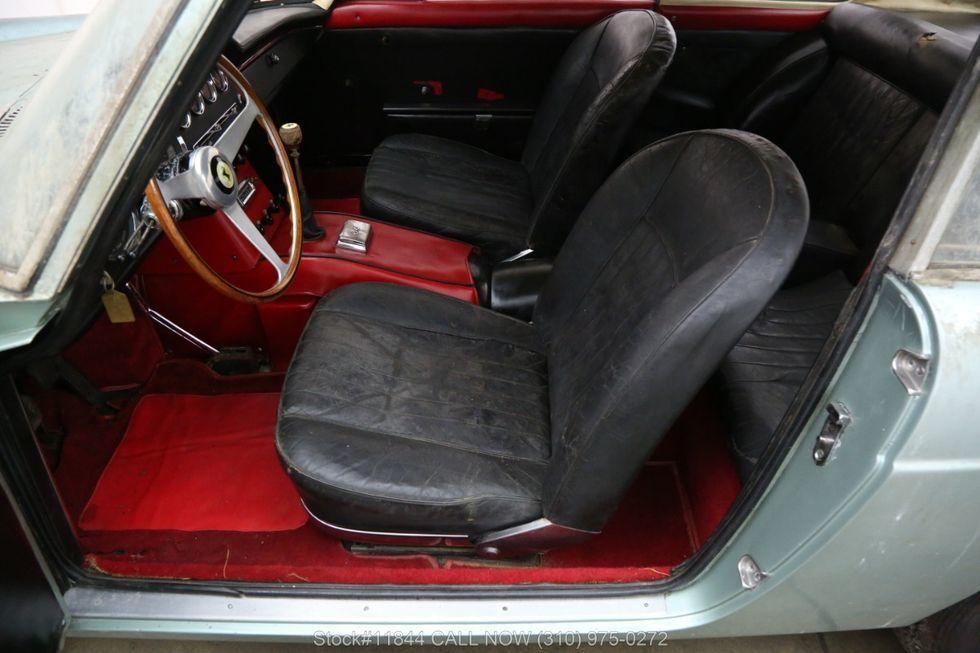 Xe cổ Ferrari bị bỏ xó 40 năm rao giá hơn 6 tỷ Ảnh 2