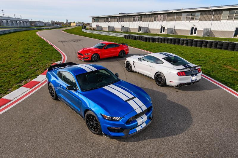 Ford chuẩn bị 'khai tử' Mustang Shelby GT350 Ảnh 1
