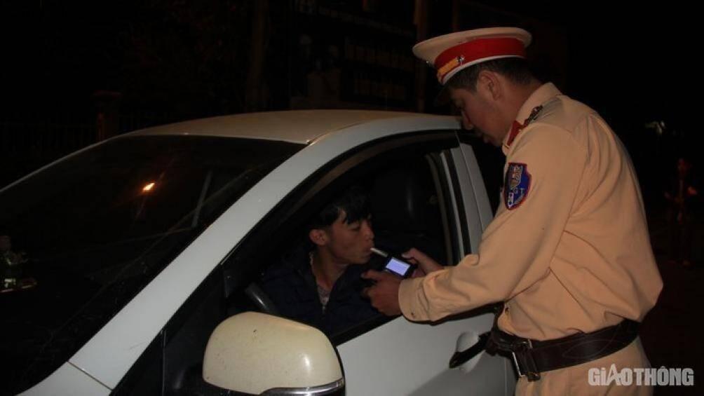 Tai nạn giao thông ở Lâm Đồng có giảm sau khi xử lý nhiều bến cóc, xe dù? Ảnh 2