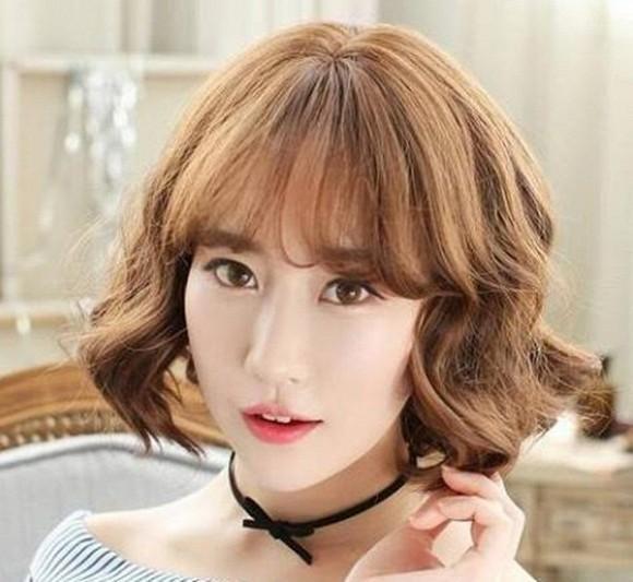Thử ngay 8 kiểu tóc ngắn cực hợp giúp người có gương mặt tròn trở nên thanh thoát Ảnh 8