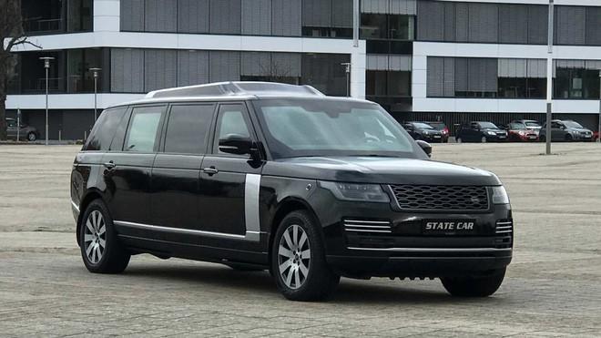Range Rover phiên bản lạ chào hàng đại gia Việt với giá hơn 19 tỷ đồng: Dài hơn Rolls-Royce Phantom EWB, chống đạn, nội thất siêu sang Ảnh 5