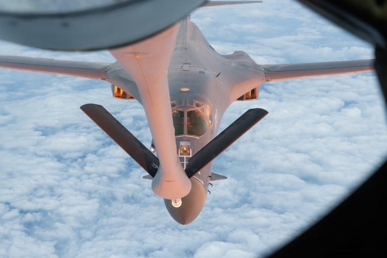 60 năm thăng trầm của phi cơ B-1B Lancer, kỵ binh ném bom từ Mỹ Ảnh 4