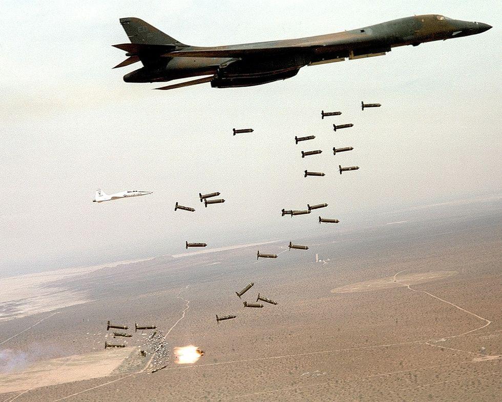 60 năm thăng trầm của phi cơ B-1B Lancer, kỵ binh ném bom từ Mỹ Ảnh 2