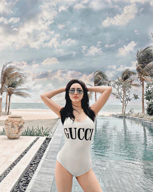 Á hậu Tường San khoe body 'nóng rẫy' với bikini xứng danh Top 8 Miss International Ảnh 9