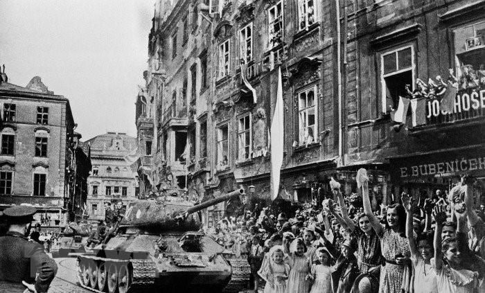 Chiến thắng phátxít Đức: Thiên anh hùng ca chói lọi Ảnh 16
