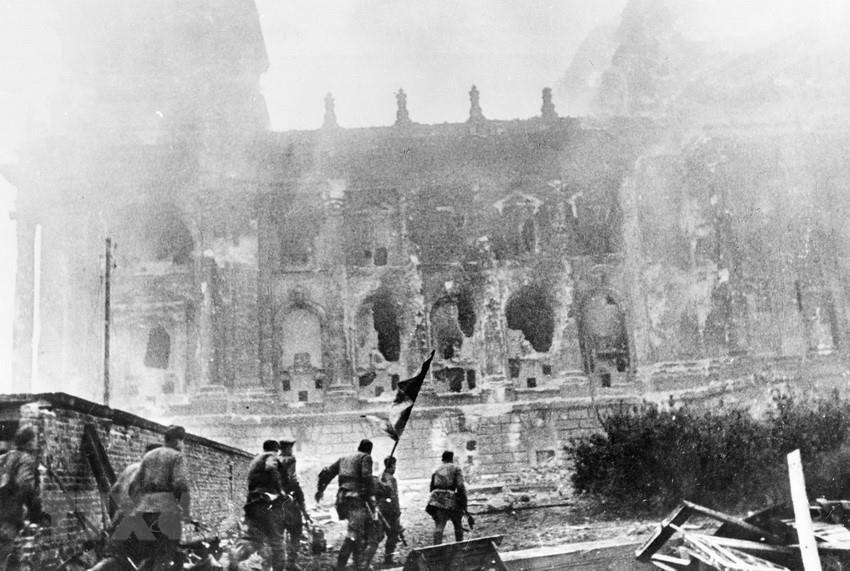Chiến thắng phátxít Đức: Thiên anh hùng ca chói lọi Ảnh 29