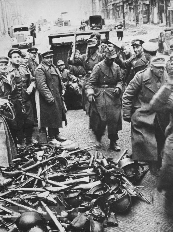 Chiến thắng phátxít Đức: Thiên anh hùng ca chói lọi Ảnh 27