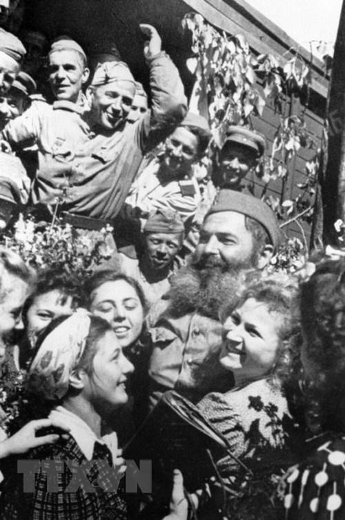 Chiến thắng phátxít Đức: Thiên anh hùng ca chói lọi Ảnh 9