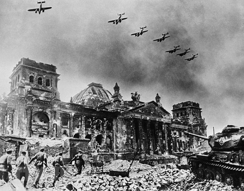Chiến thắng phátxít Đức: Thiên anh hùng ca chói lọi Ảnh 30