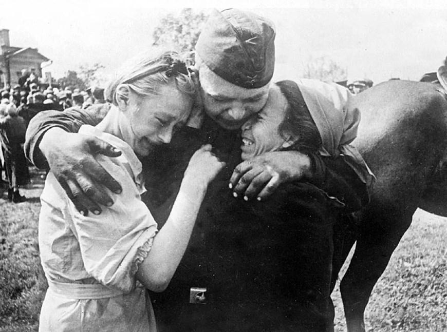 Chiến thắng phátxít Đức: Thiên anh hùng ca chói lọi Ảnh 12
