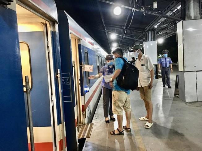 Cập nhật các mác tàu và lịch trình xuất phát tại ga Sài Gòn Ảnh 1