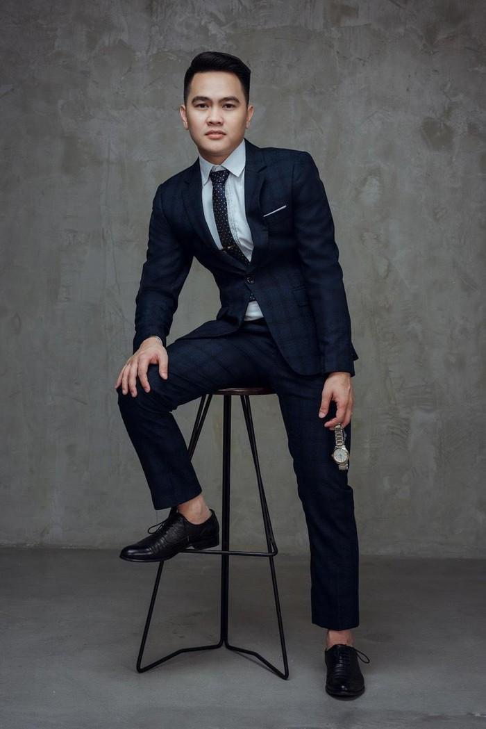 Diễn viên Phạm Tiến Chung nổi bật trong bộ ảnh mới Ảnh 3