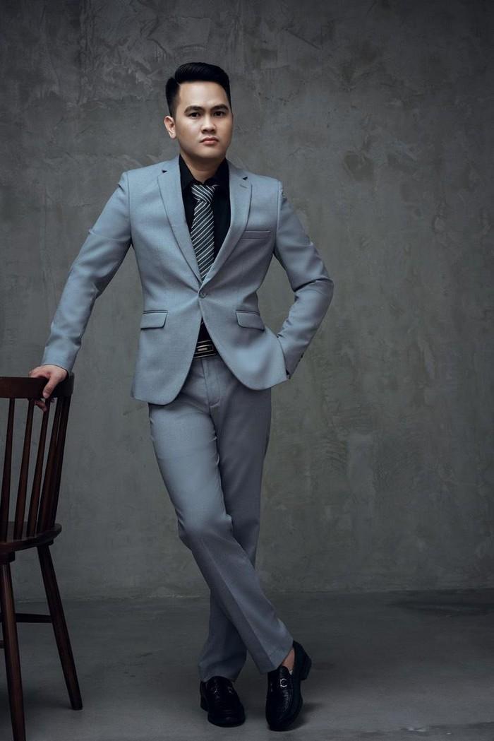 Diễn viên Phạm Tiến Chung nổi bật trong bộ ảnh mới Ảnh 1
