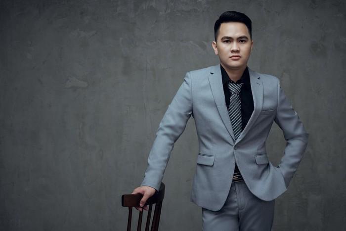 Diễn viên Phạm Tiến Chung nổi bật trong bộ ảnh mới Ảnh 4