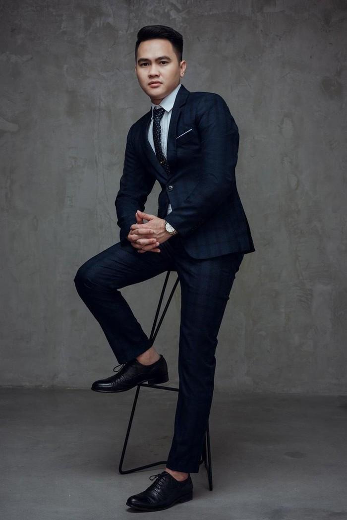 Diễn viên Phạm Tiến Chung nổi bật trong bộ ảnh mới Ảnh 2