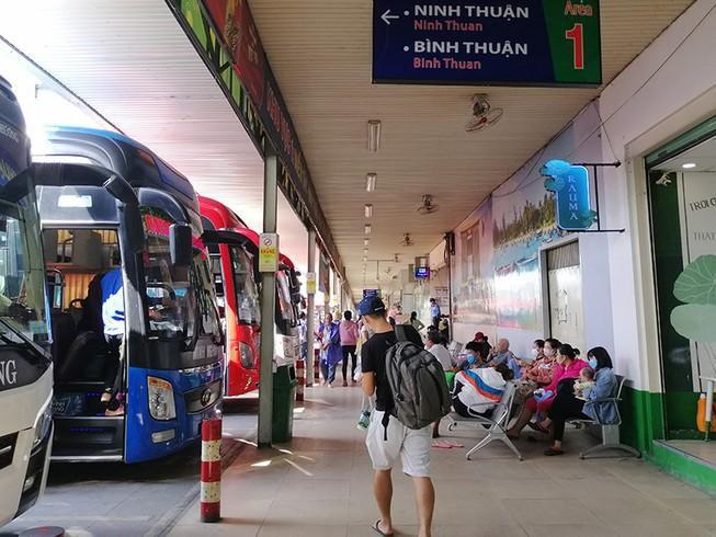 Khôi phục vận tải hành khách: Tin vui cho doanh nghiệp Ảnh 1