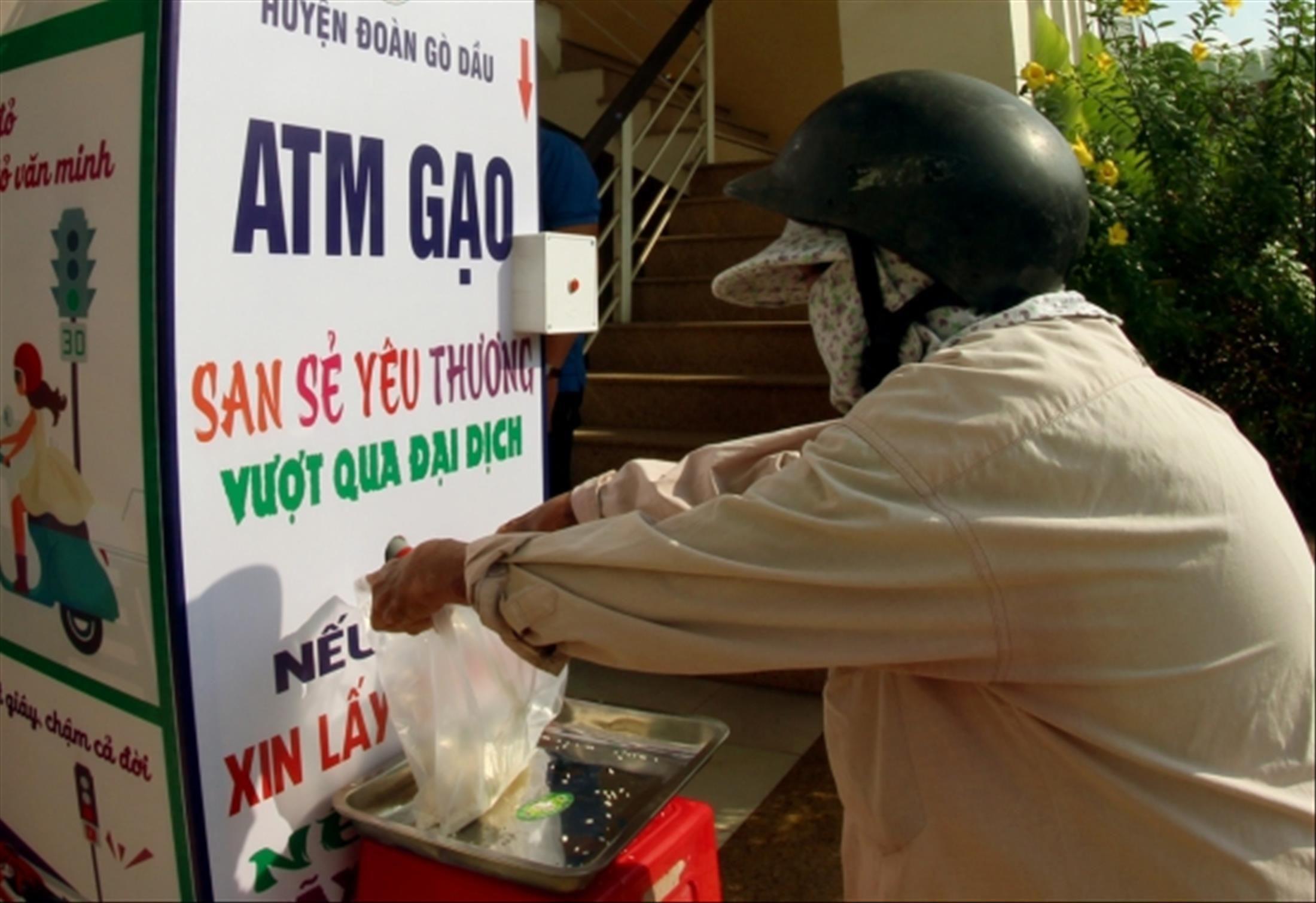ATM gạo mang thương hiệu tuổi trẻ Tây Ninh Ảnh 1