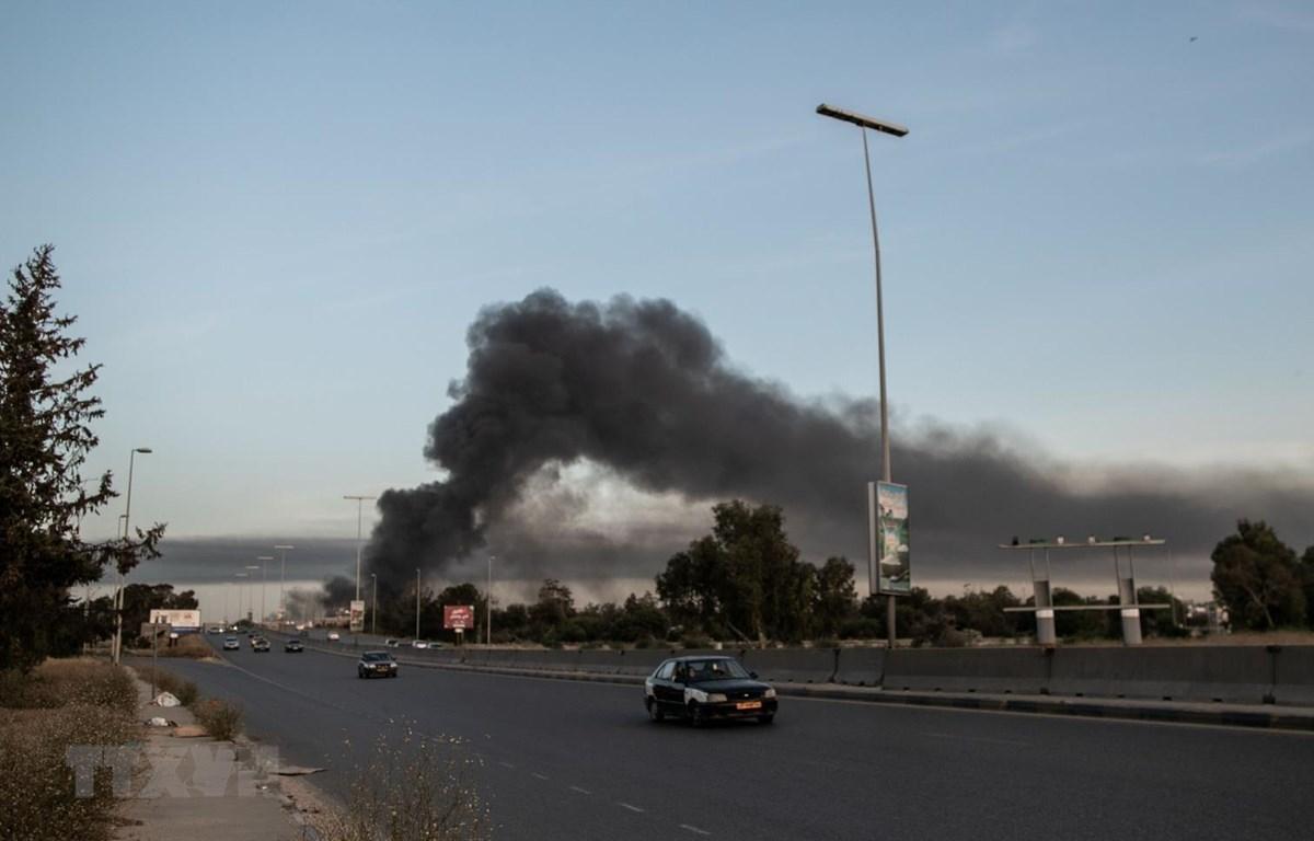 Libya: Đạn pháo rơi gần Đại sứ quán Thổ Nhĩ Kỳ và Italy ở Tripoli Ảnh 1