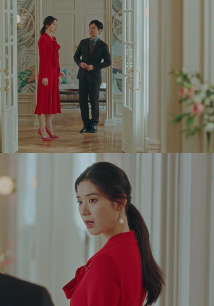 Cứ xem phim Hàn là kiểu gì chị em cũng bắt gặp mẫu giày cao gót 'chanh sả' mà siêu hack dáng này Ảnh 12