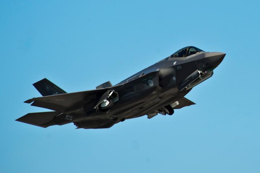 Hy hữu: F-35, F-22 Mỹ cùng rơi ở một khu vực, chỉ cách nhau vài ngày Ảnh 1