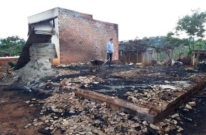 Hỏa hoạn nghiêm trọng thiêu rụi hoàn toàn nhà dân ở Lâm Đồng, 2 căn nhà liền kề bị thiệt hại nặng nề Ảnh 2