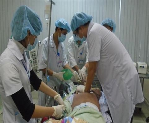 Cứu sống bệnh nhân ngưng tim, hô hấp do giật điện Ảnh 1