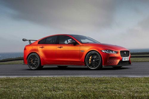Top 10 xe sedan tăng tốc nhanh nhất năm 2020: Tesla Model S Performance không đối thủ Ảnh 6