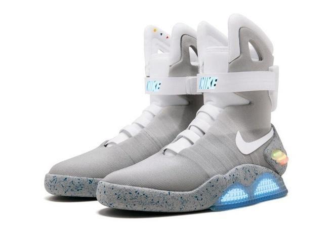 Đôi giày của huyền thoại Michael Jordan có giá hơn nửa triệu USD Ảnh 3