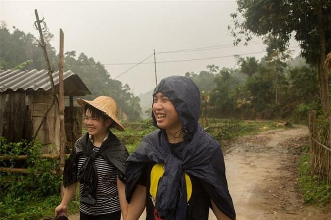 Cuộc sống bình dị ở bản làng Việt Nam qua ống kính khách Tây Ảnh 3