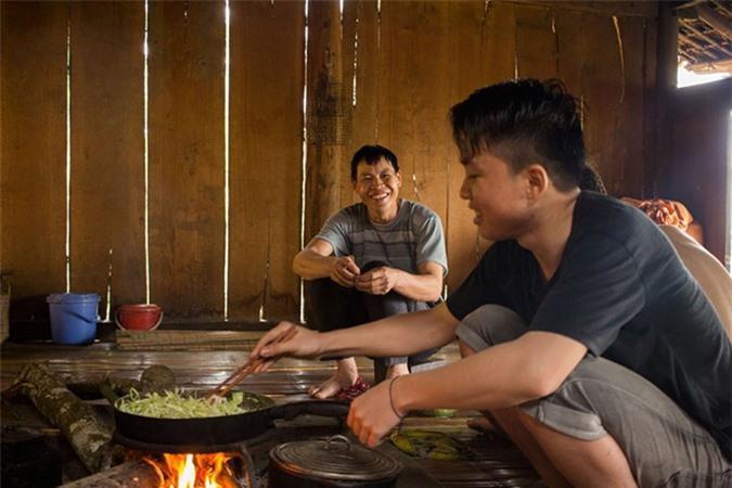 Cuộc sống bình dị ở bản làng Việt Nam qua ống kính khách Tây Ảnh 14