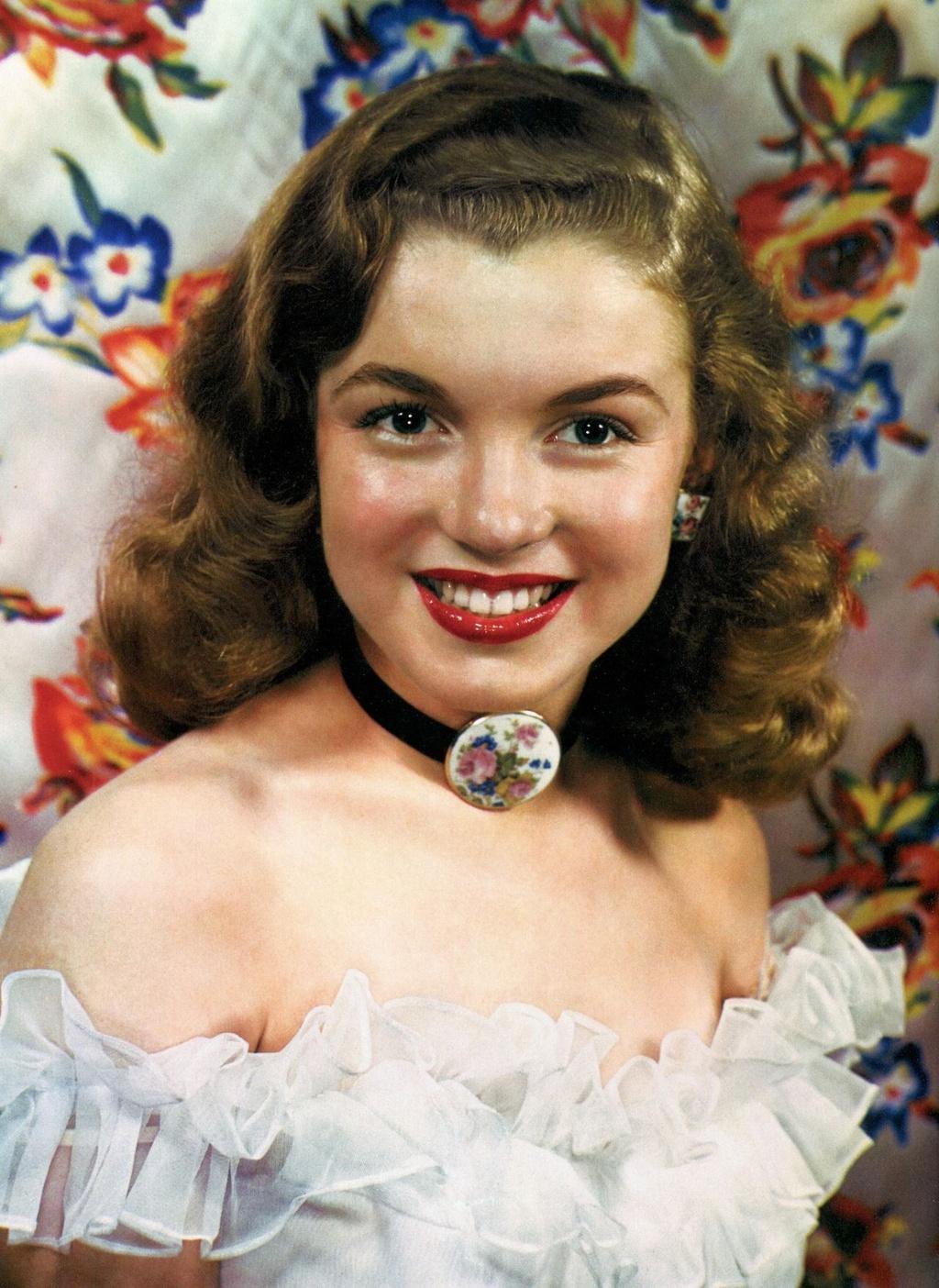 Nhan sắc khuynh đảo một thời của biểu tượng điện ảnh Marilyn Monroe Ảnh 1