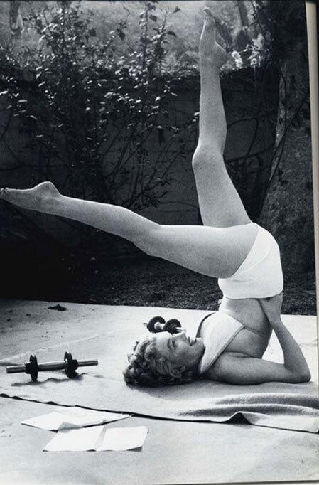Nhan sắc khuynh đảo một thời của biểu tượng điện ảnh Marilyn Monroe Ảnh 8