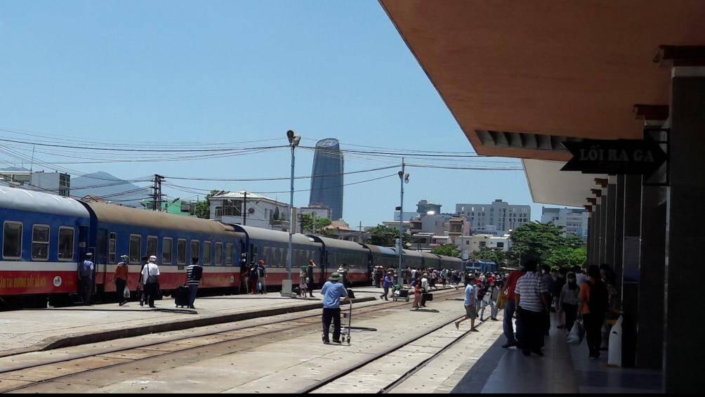 Hút khách dịp hè, đường sắt giảm giá vé tới 40% Ảnh 1