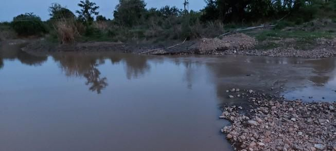 Bình Thuận: 3 học sinh tiểu học tắm sông bị chết đuối Ảnh 1