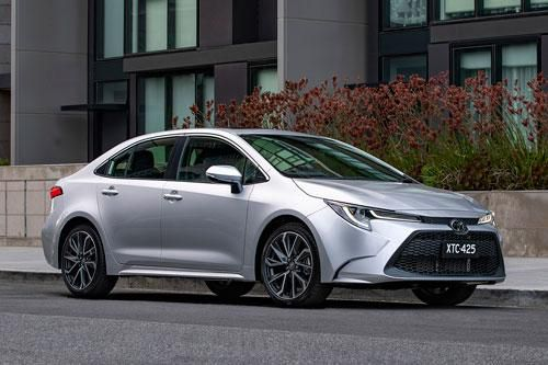 Honda Jazz bỏ xa Toyota Corolla về doanh số Ảnh 4