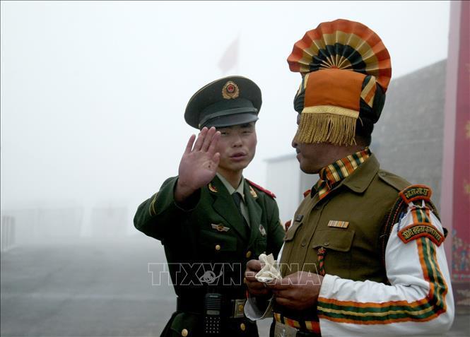 Ấn Độ, Trung Quốc nhất trí giải quyết hòa bình đối với căng thẳng trên biên giới Ảnh 1