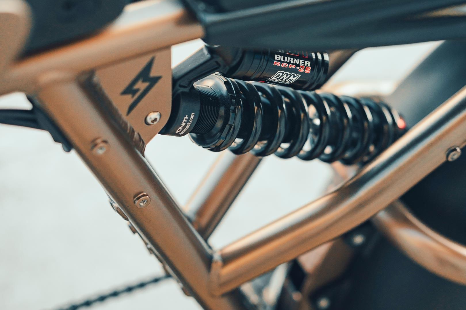 Super73 Flat Track RX: Chiếc xe đạp lai đầy táo bạo Ảnh 4