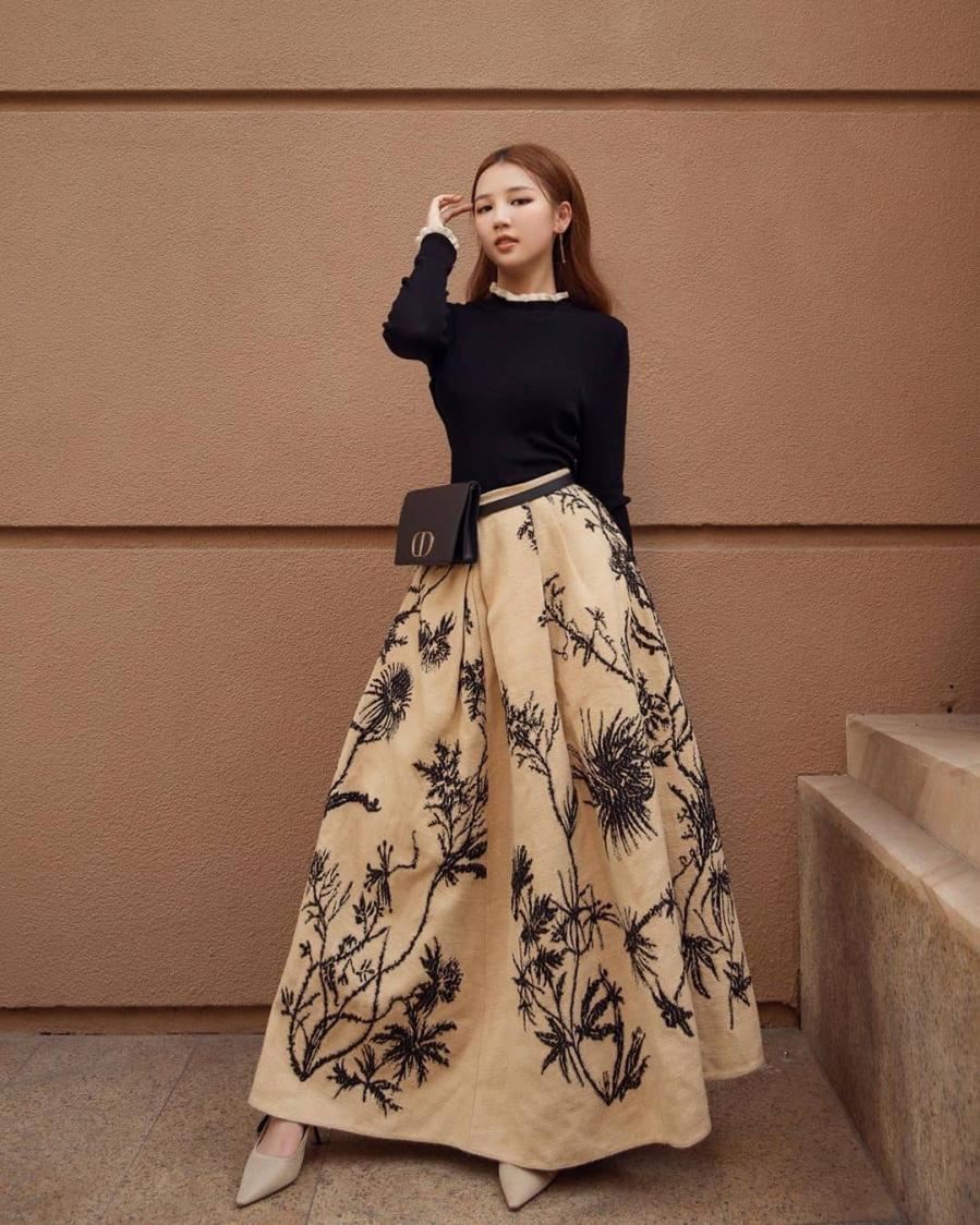 Mẫu thời trang giúp ca sĩ Minh Hằng 'hack' dáng thần sầu Ảnh 11