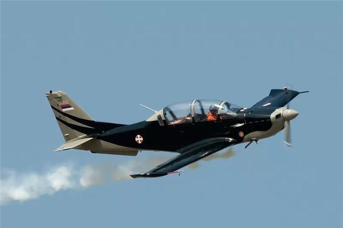 Những chiếc máy bay đặc biệt được sản xuất tại các quốc gia 'không ngờ' Ảnh 8