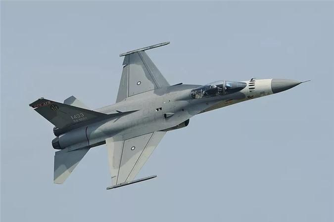 Những chiếc máy bay đặc biệt được sản xuất tại các quốc gia 'không ngờ' Ảnh 10