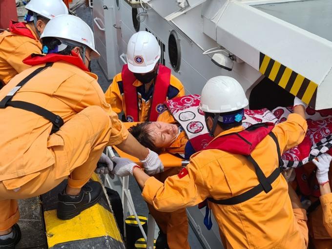 Tìm thấy vị trí tàu cá bị đắm sau va chạm với tàu ANNIE GAS09 Ảnh 1