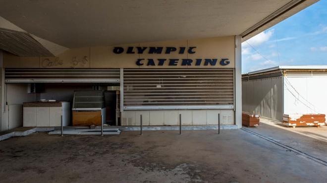 Cảnh đổ nát tại sân bay bị bỏ hoang ở châu Âu Ảnh 5