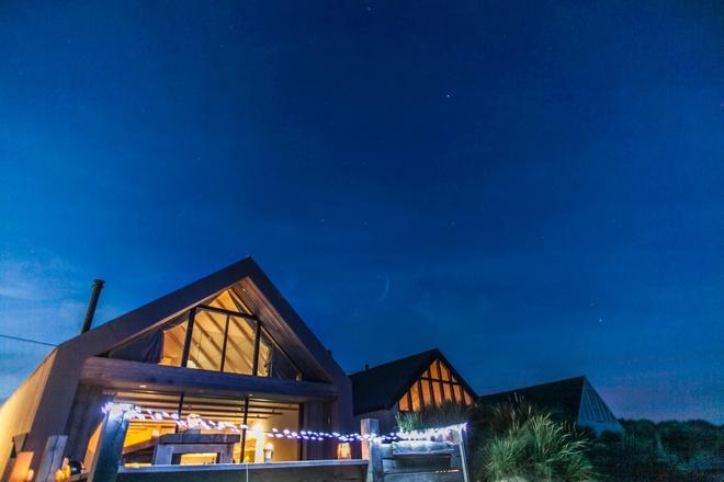 Nhà nghỉ dưỡng xa xỉ giá chưa tới 100 USD một đêm ở Anh Ảnh 2