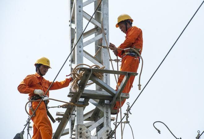 1 triệu hộ dùng điện cao gấp rưỡi tháng trước Ảnh 1